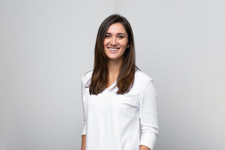 Zahnarzt Klosterneuburg - Dr. Sandra Dusek - Team Frau Dr. Tankovic