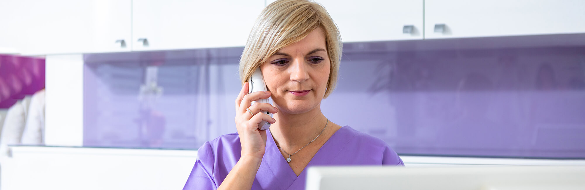 Zahnarzt Klosterneuburg - Dr. Sandra Dusek - Slider Kontakt Frau Patzak